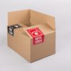 esőtől védeni matrica, naptól védeni matrica, hullámkarton doboz, öntapadó címke, biztonsági matrica