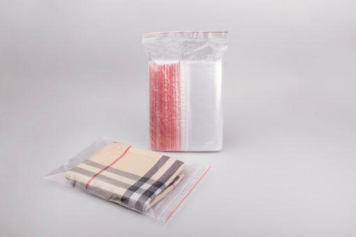 csomagolóanyag, simítózáras tasak, ruhát csomagolnék, csomagolóanyag webshop