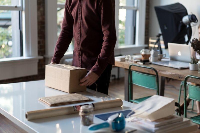 csomagolás, csomagküldés, nátronpapír, doboz, kupon, öntapadó matrica, millerpack csomagolóanyag webáruház